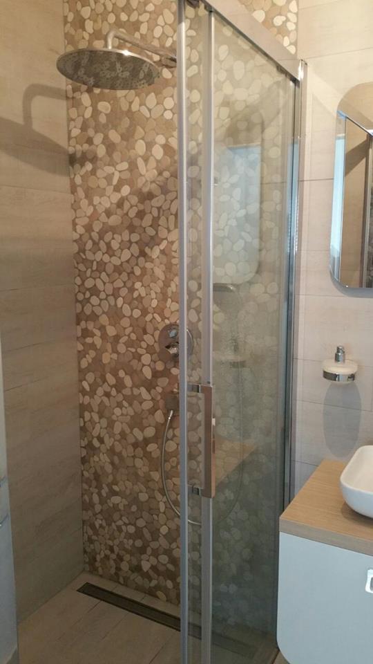 Luxe Badkamer Showroom ~ Natuursteen wand & vloertegels arbeco b v nieuwekerk aan den